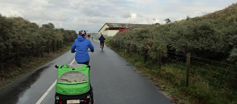 family cycling in Holland